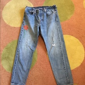 Anthropologie Levi's wedgie jeans..